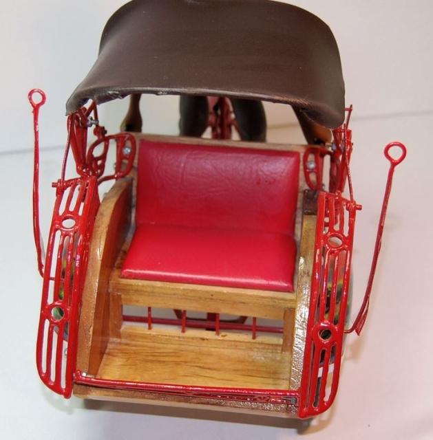 ausgefallene deko rikscha mit fahrer aus yogyakart. Black Bedroom Furniture Sets. Home Design Ideas