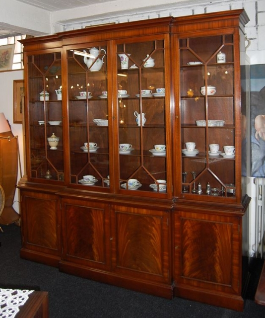Englischer Style englischer bücherschrank im regency style aus maha schariwari shop