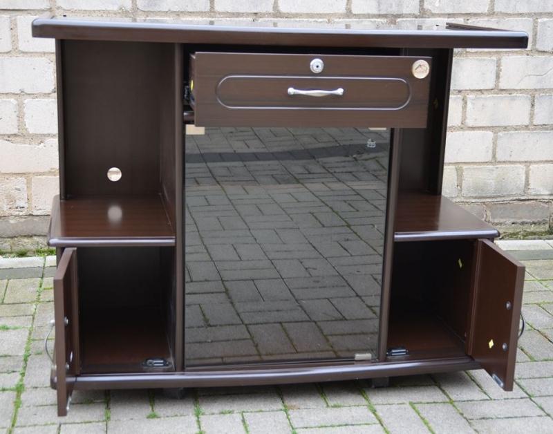 tv schrank zu verschenken m bel design idee f r sie. Black Bedroom Furniture Sets. Home Design Ideas