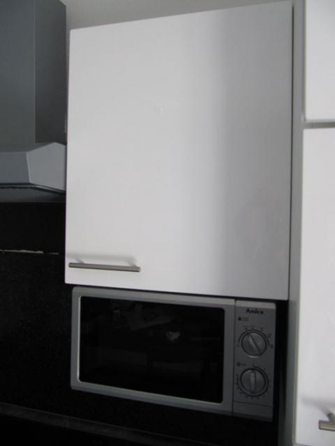 Schöne Einbauküche v.Express/Nolte Hochglanz weiß 350cm inkl. aller ...